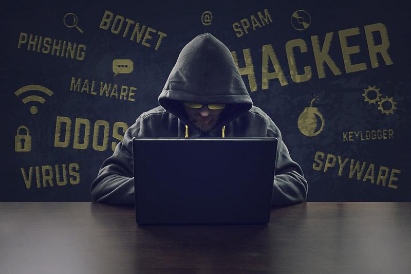 Comment un hacker peut pirater votre compte facebook ?