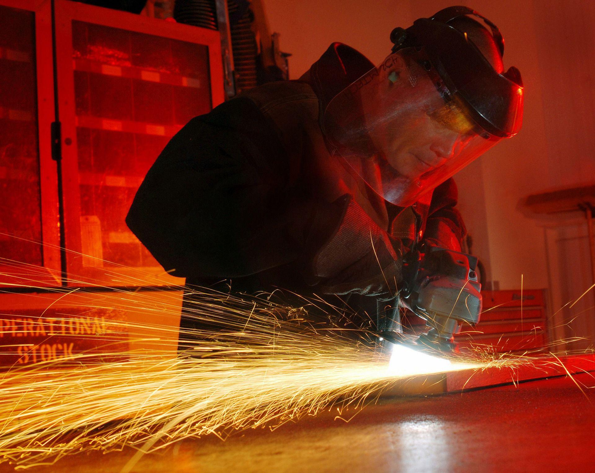 Le métier de métallier serrurier requiert de la précision. Photo PIxabay